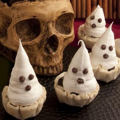 Meringue Ghosts in Fillo Cups